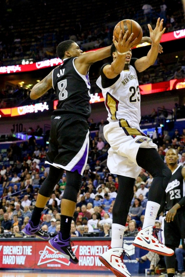 Debate: Should Rudy Gay Start At Power Forward For the