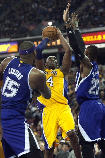 97f2f1623a2 Notes  Kings Beat L.A. For Kobe s Last Game In Sacramento